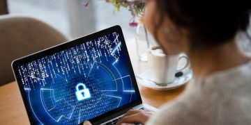Why consider cybersecurity courses a very good idea for people in terms of career opportunities?